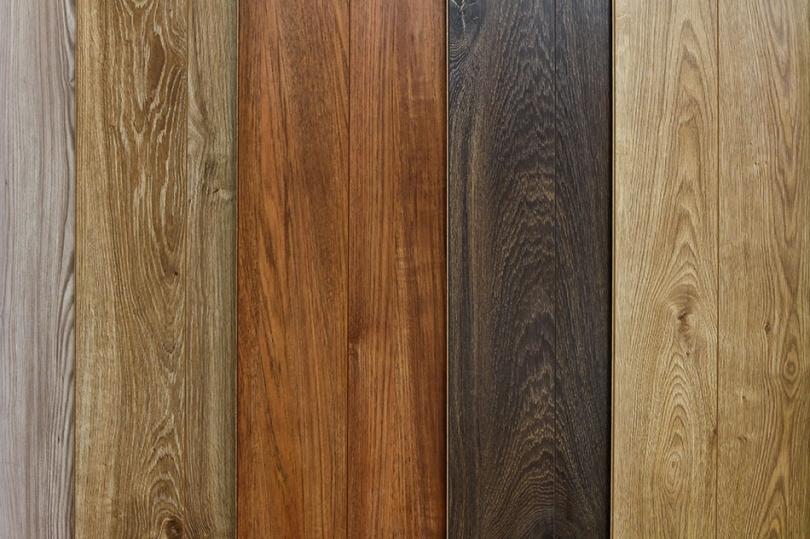 Deski zróżnych gatunków drewna