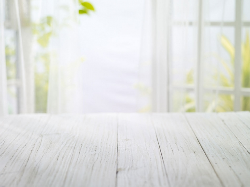 Ługowane drewniane deski