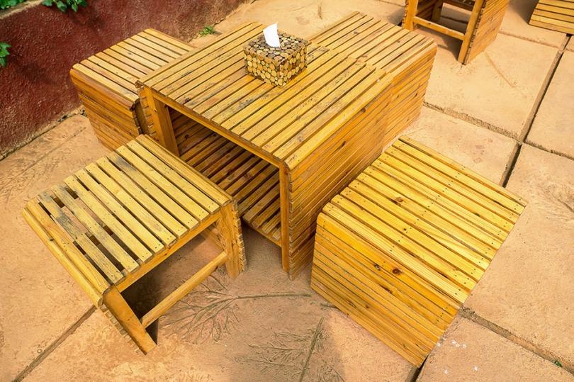 Zaolejowane meble ogrodowe