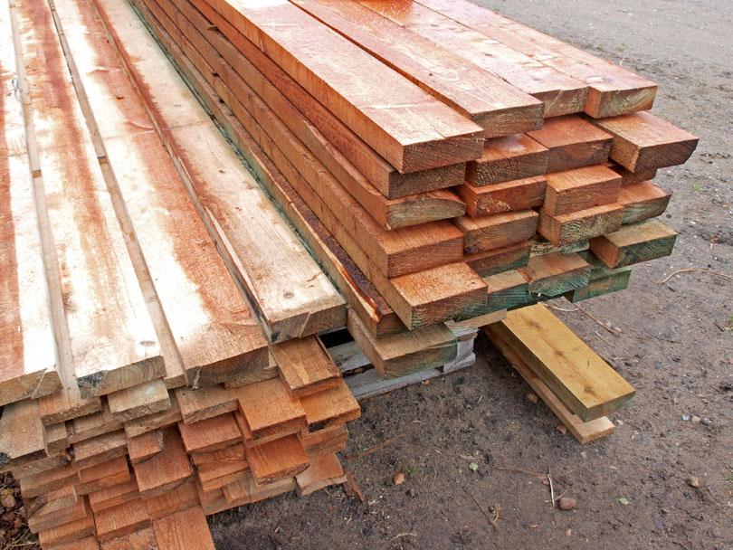 Drewniane deski do budowy