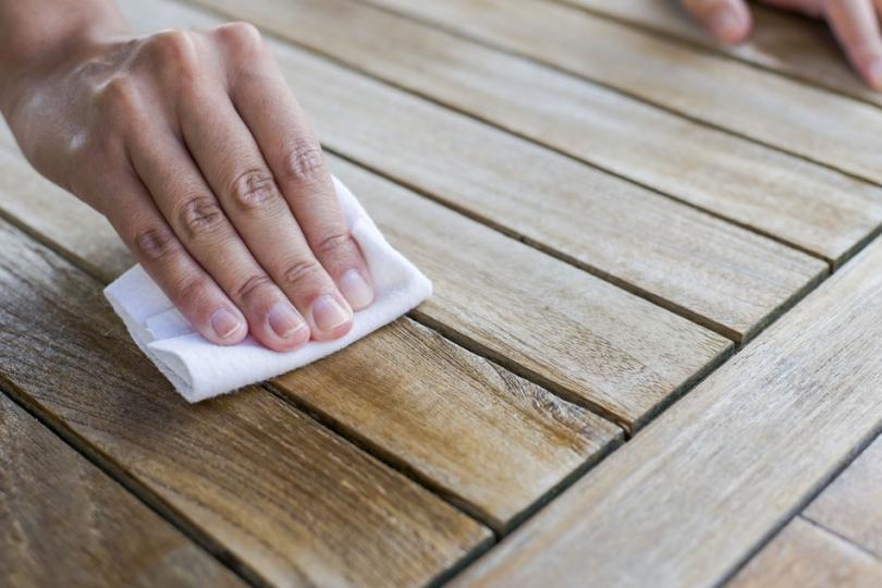 Impregnacja drewnianych powierzchni