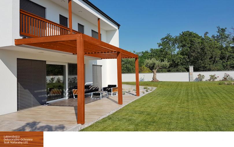 Drewniane elementy łączace dom zogrodem