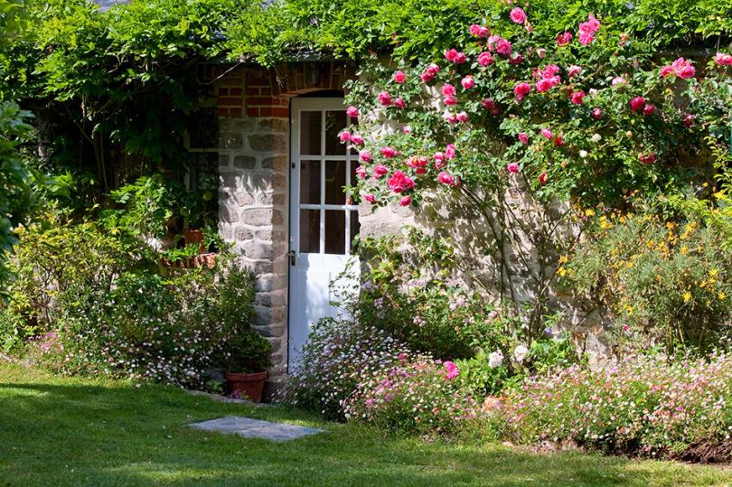 Typowy ogród wstylu angielskim