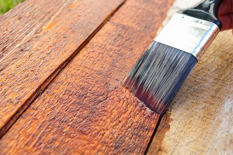 Zabezpieczanie palety na ławkę